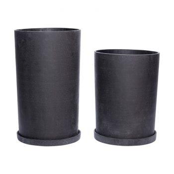 juodas akmens masės vazonas su lėkštute
