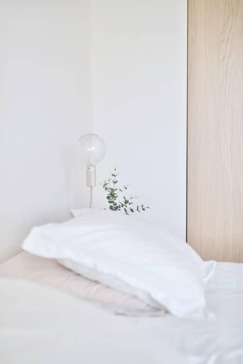 Tinkamas apšvietimas miegamajame