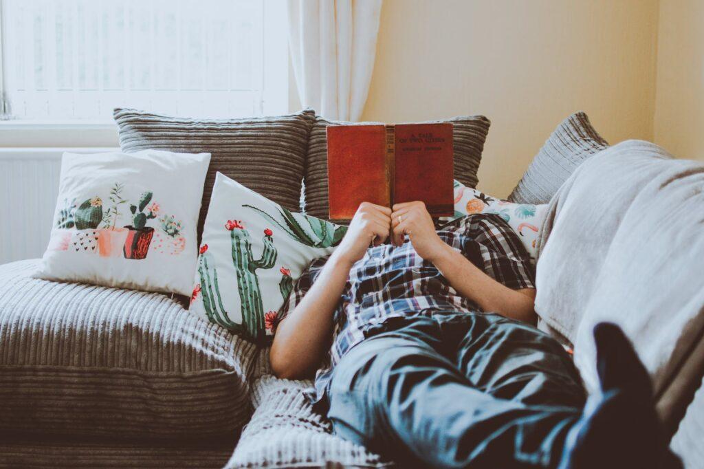 patogi vieta skaitymui