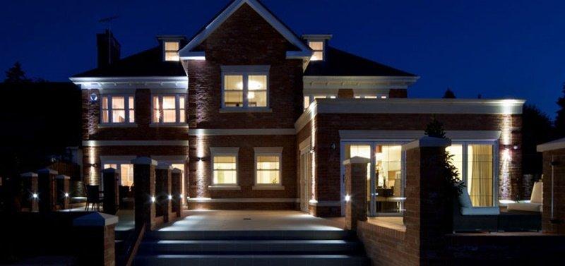 Galinga lauko šviesa kaip apsaugos priemonė jūsų namams